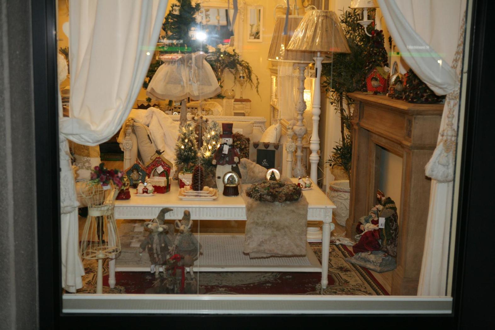 foto del negozio lirù chic shabby style stile country e provenzale ... - Arredamento Shabby Chic Milano