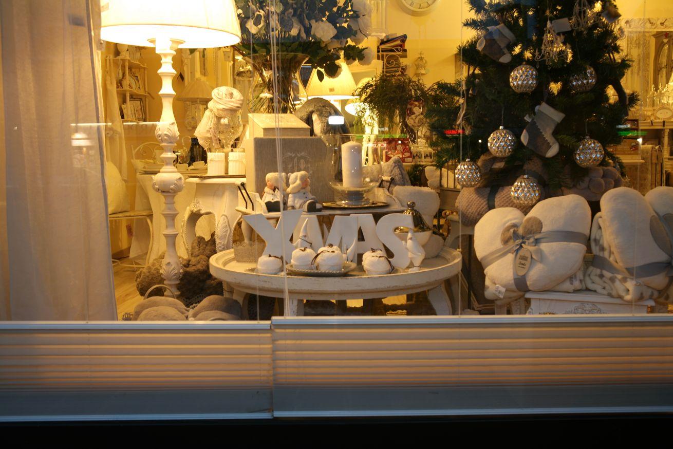 Foto del negozio lir chic shabby style stile country e for Arredamento natalizio casa