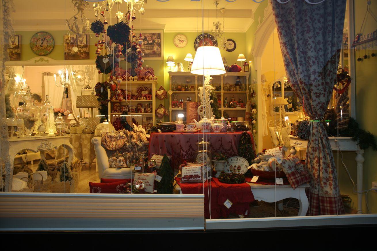 Foto del negozio lir chic shabby style stile country e provenzale milano - Antifurti per la casa ...
